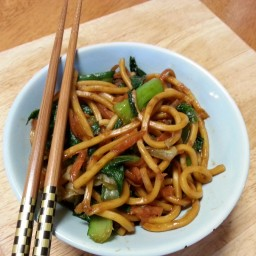 Vegan hokkien noodles